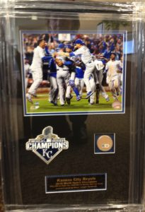 royals-celebration-patch-dirt-from-2015-ws